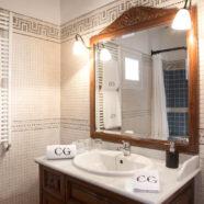 (Español) Hotel rural en Ibiza — Baño habitación 1